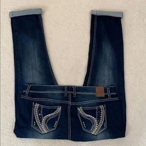 Ariya Cropped Roll Hem Embellished Pocket Jeans